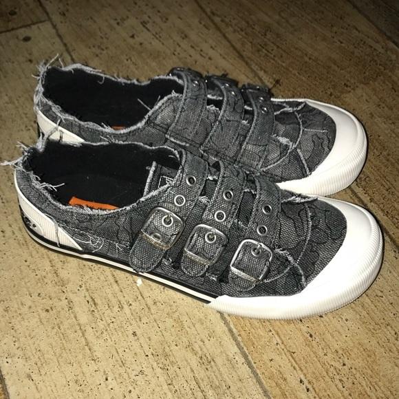 Incognito Rocket Dog tennis shoes 1f92dbe0ec8d